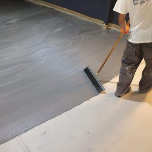 Beton-, és padlóbevonat